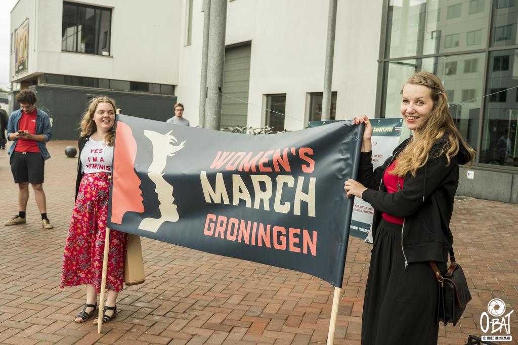 Floor en Meera van Women's March Groningen ::: foto: Obed Brinkman
