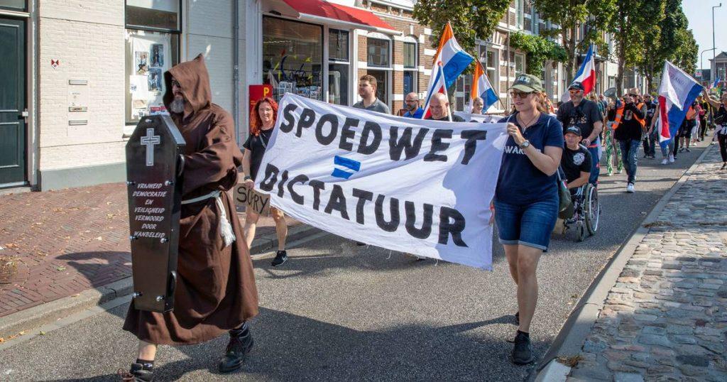 protest met leden van Proud Boys © Marcelle Davidse